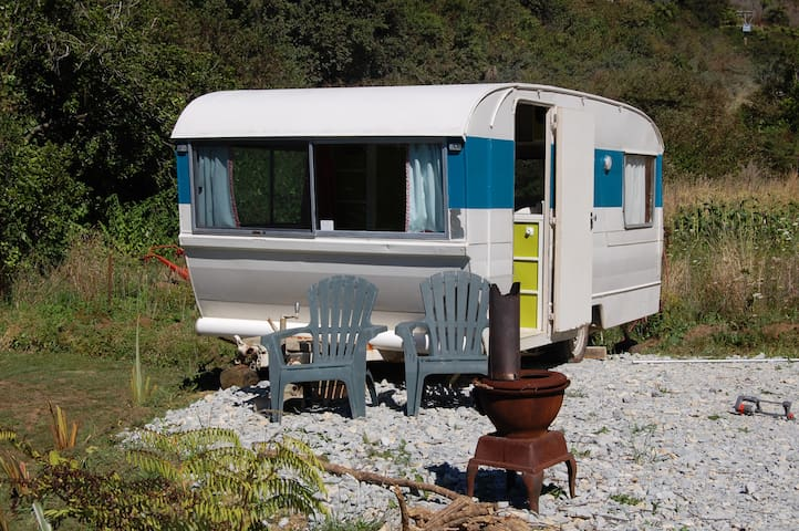 Caravan, private n peaceful - Pohara