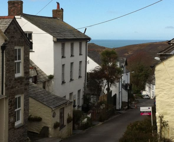 Georgian Grade 2 listed Apartment - Boscastle - Leilighet