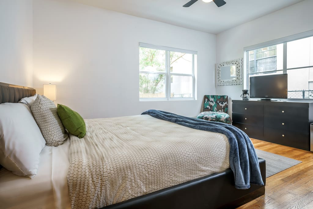 Chic 2 Bedrooms 1 King 2 Queen At Miami Beach D Apartments For Rent In Miami Beach Florida