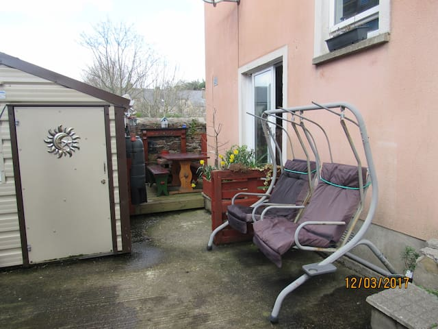 Convenient location in Enniscorthy Historic Town. - Enniscorthy - Szeregowiec