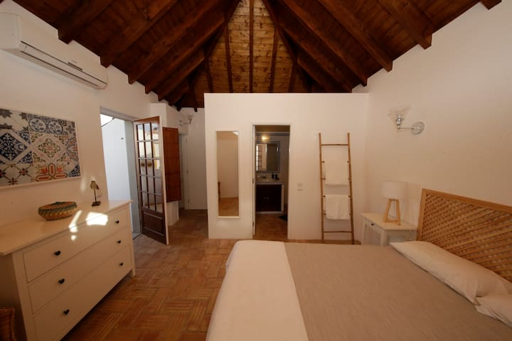 Casa Amália - Cozy Duplex Apartment