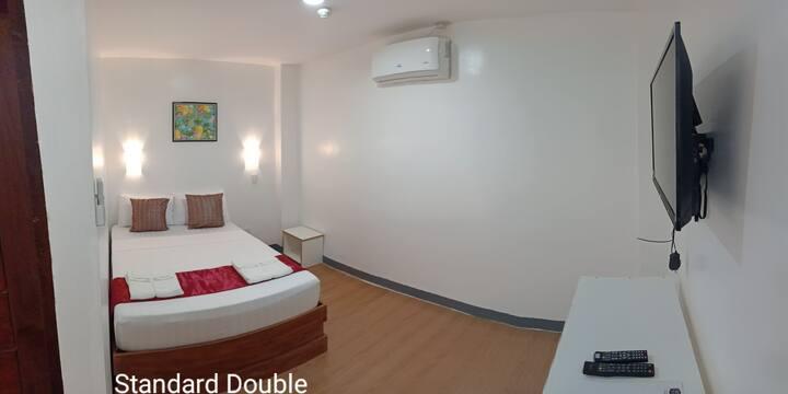 Virginia Suites: Quiet & Cozy in a Budget Way Room