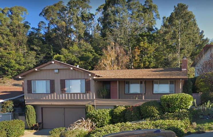Oakland Hills Retreat