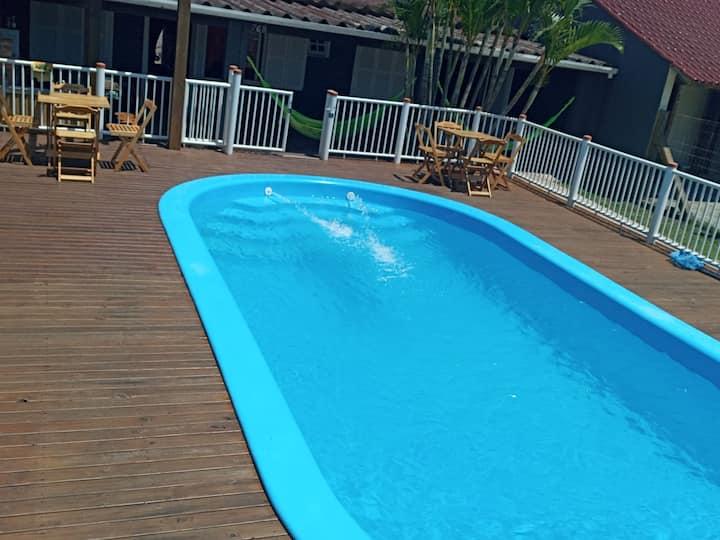 Casa de veraneio com piscina na praia de Imbé-Rs