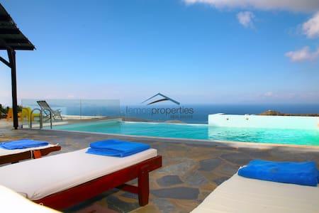 Fantastic stone villa with a swimming pool - Kéa - Villa
