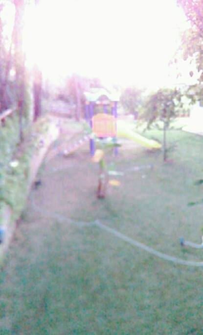 Cocuk parkı, bahce