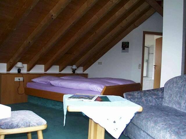 Gästehaus St. Martin, (Sipplingen), Doppelzimmer Reichenau, 33 qm