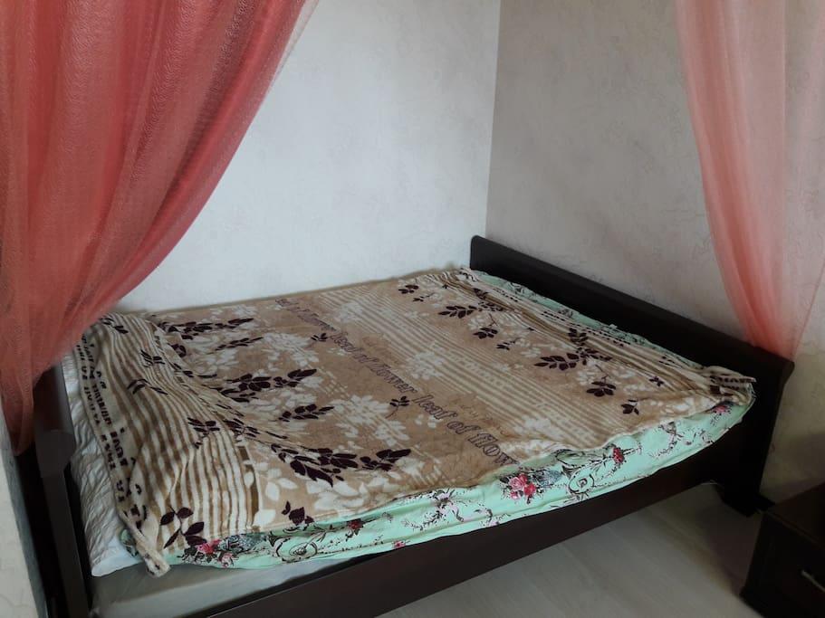 Кровать большая 2-х спальная (160-200 см)