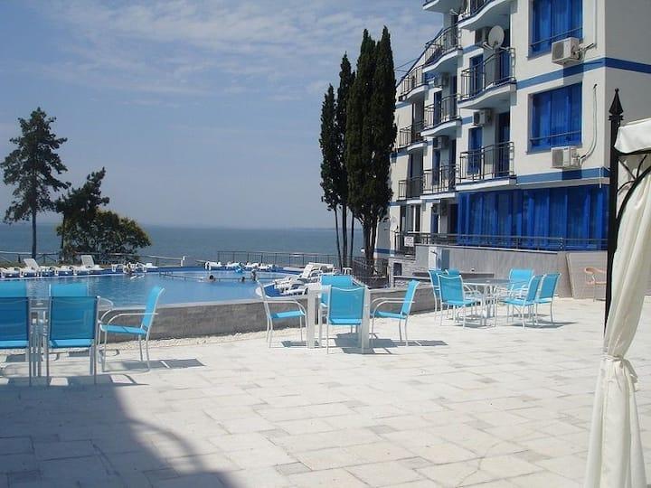 Blue Bay Palace 2