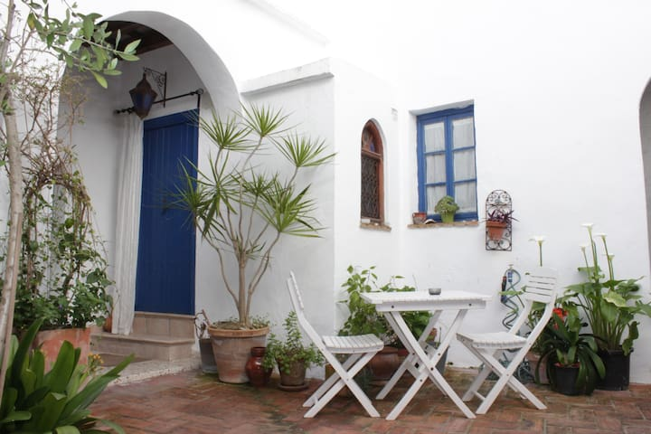 Apartment in the old town of Vejer