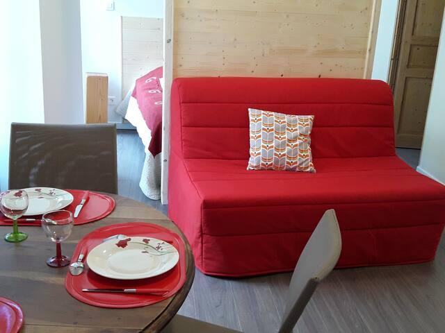 Studio en rdc centre ville Ax le Thermes - Ax-les-Thermes - House