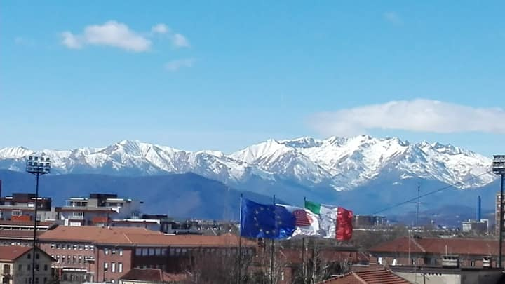 A single room with WI-FI and a lovely Alps view!