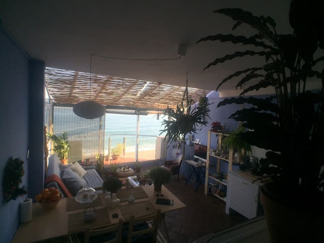 Your cosy nest by the seaside - Badalona - Byt