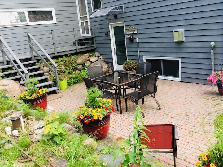 Hippophile Farm Get-a-way Garden Apartment
