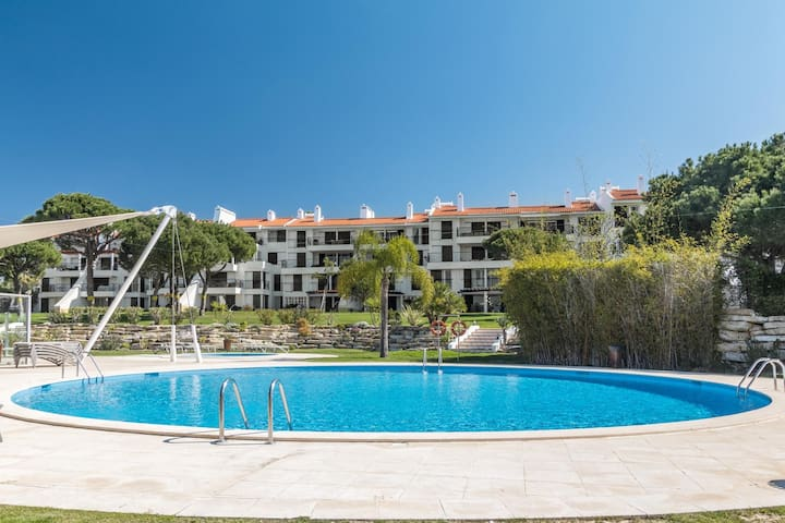Luxury Two Bedroom Apartment in Vila Sol Resort