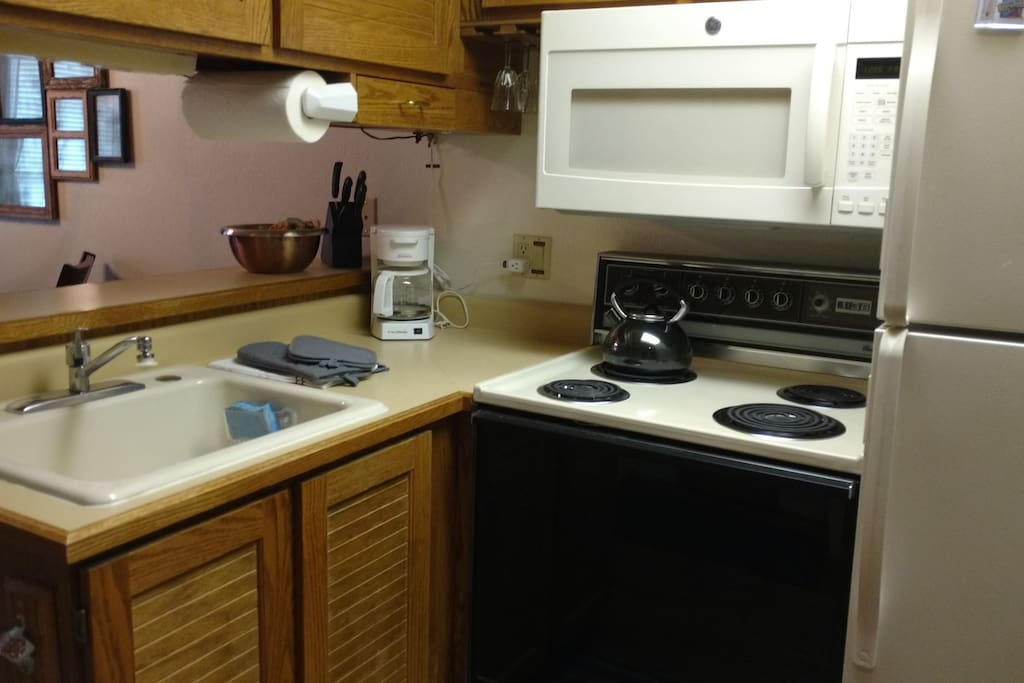 The Copper Cup has a small but efficient kitchen with Hawaiian coffee in the freezer.