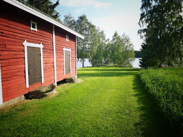 Beautiful lakeside granary with private beach.