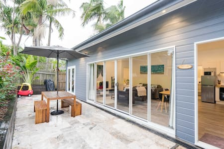Mabel Cottage modern 2bdm in Balgowlah, Manly area