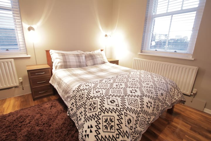 One Bedroom Flat In Shoreditch E2