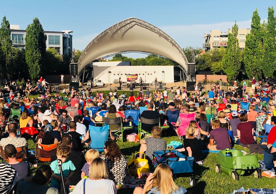 Music, farmers markets, outdoor movies, special events - One minute walk away!