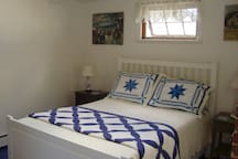 Double bed with good reading lights