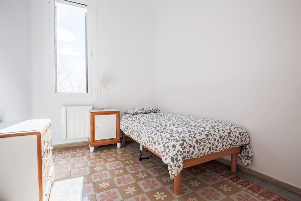 Single Room With Bathroom Flats For Rent In Barcelona