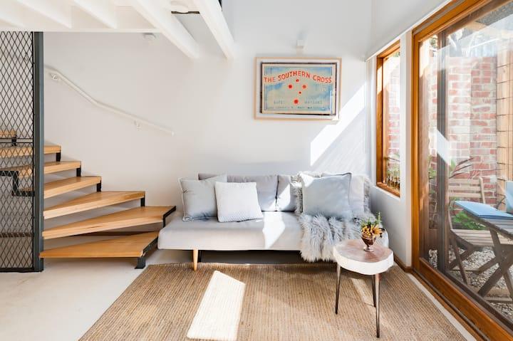 Stunning Architecturally Designed Studio