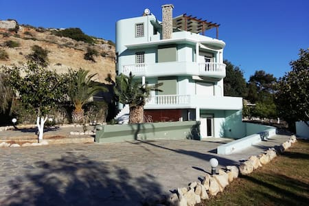 Haraki Villa Apartments(2 floor) - Charaki