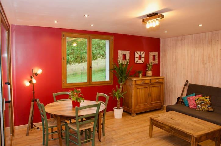 Appartement de charme face à la Chartreuse