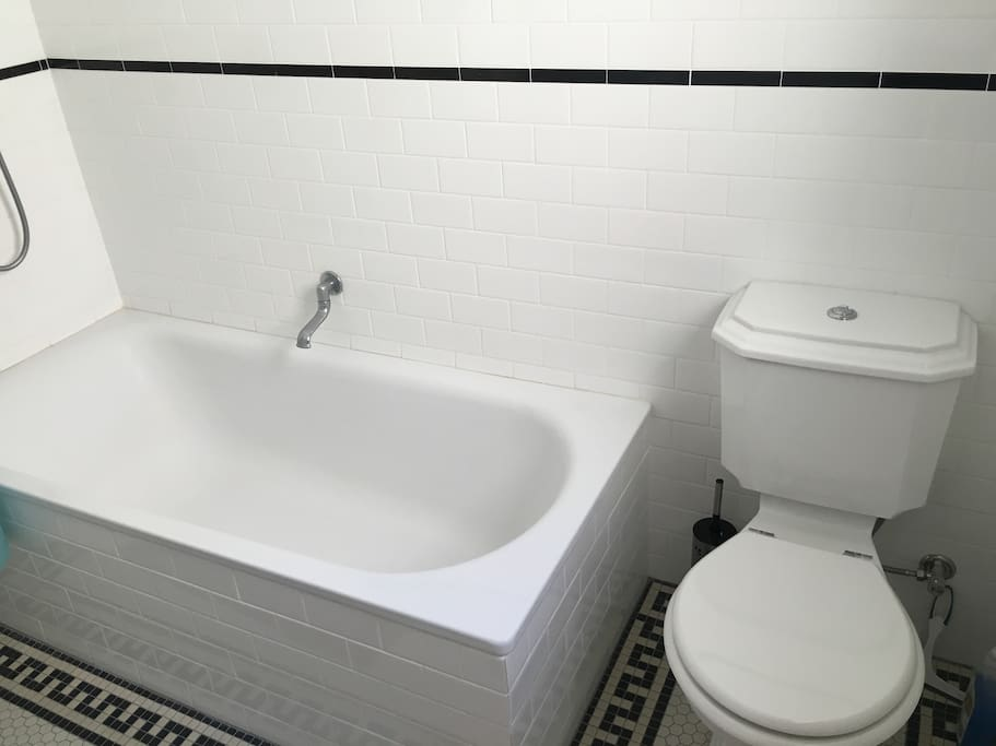Fresh new bathroom, renovated in period style