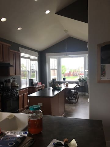 Two bedrooms w/private bath+loft Denver/Bldr area!