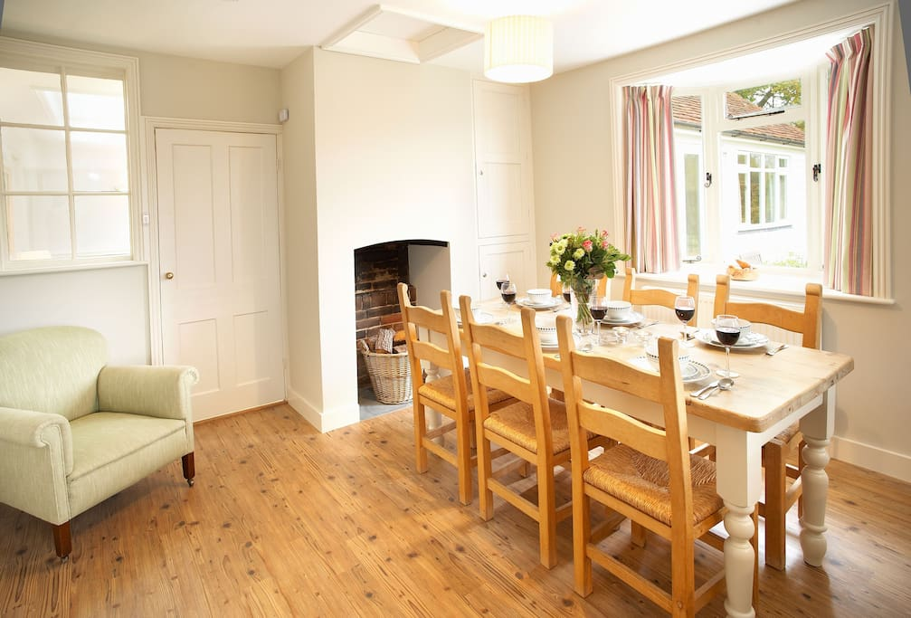 Ground floor: Open plan dining and sitting room