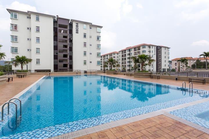 Puncak Alam Allamanda Suite Homesty - Puncak Alam  - Appartement