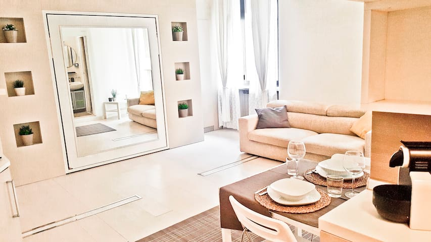Charming apartment next to the central station - Milano - Apartment