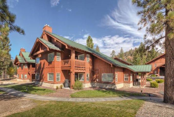 Big Bear Resort 2 Bedroom, Sleeps 6 - Big Bear Lake - Apto. en complejo residencial