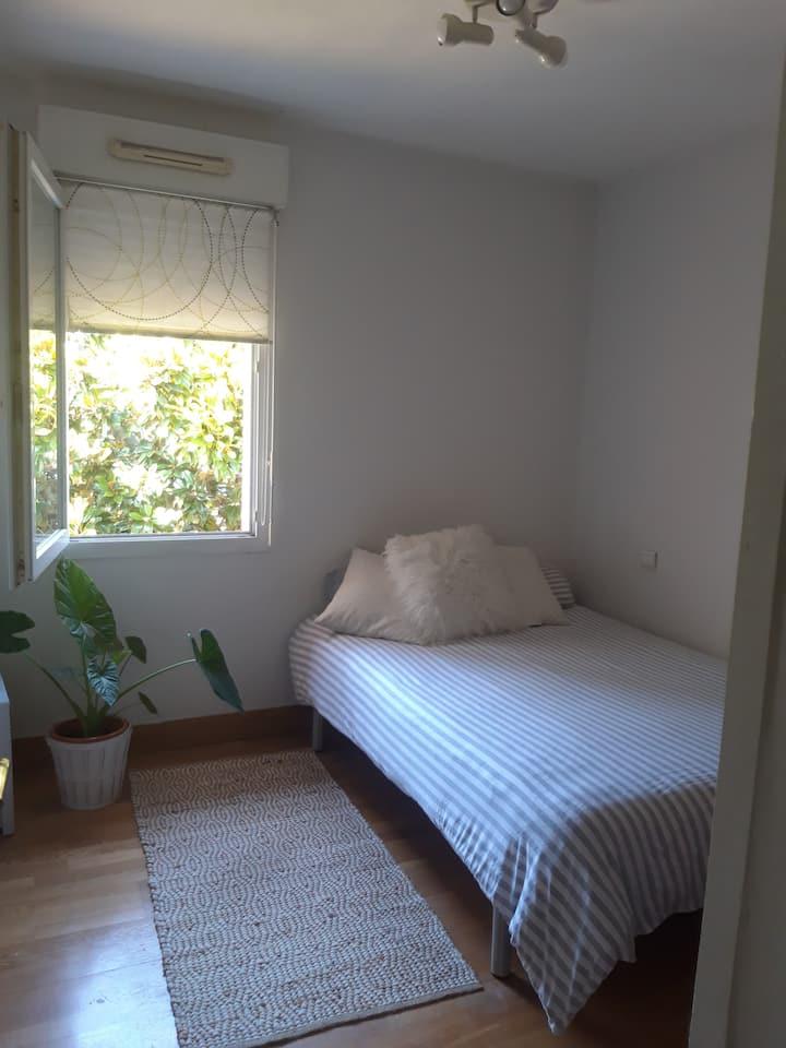 Acogedora habitación en Hendaya
