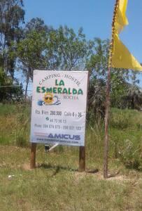 Hostel La Esmeralda. Balneario Oceanico, Rocha. - Vandrarhem