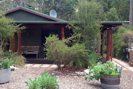 Cozy cottage in Boranup Forest - Forest Grove