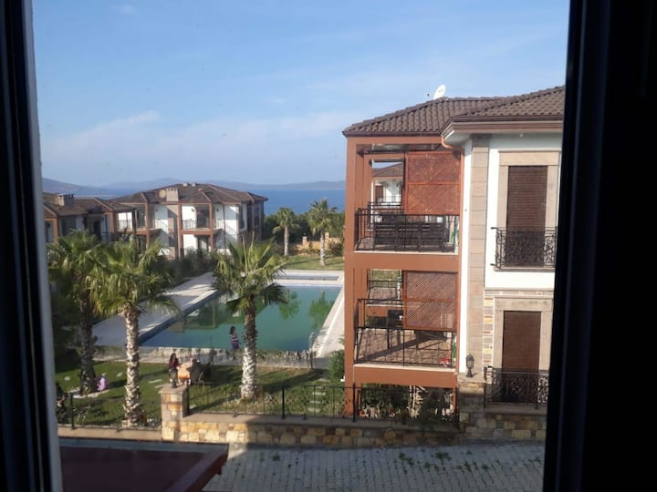 Comfortable 3 BR Duplex near Beach and Colorful Attractions in Ayvalik