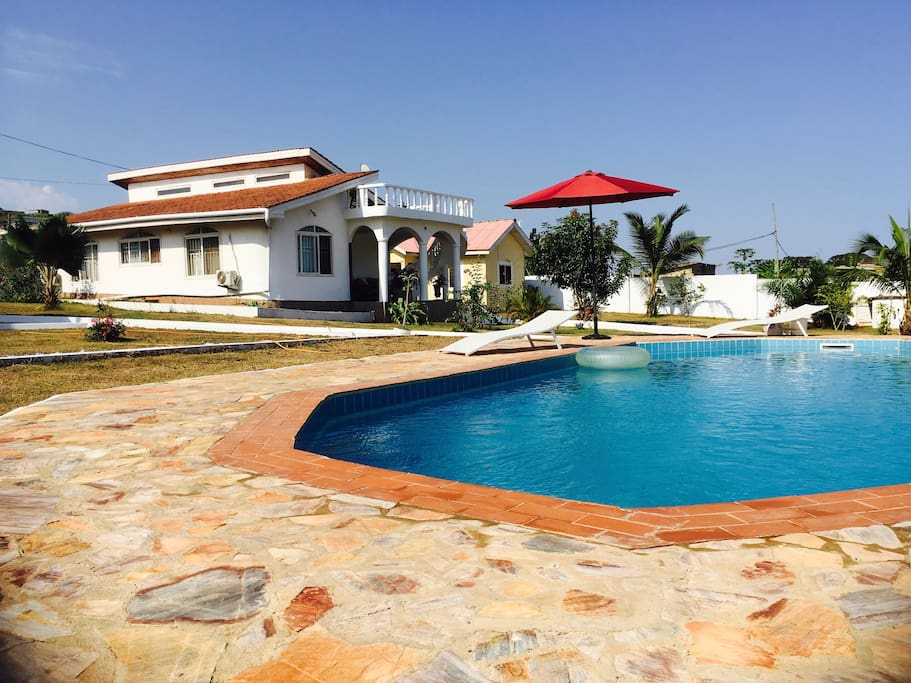 Lovely Ocean View Bungalow With Swimming Pool Houses For Rent In Greater Accra Greater Accra