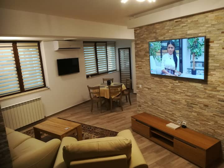 Luxury apartment near Palas