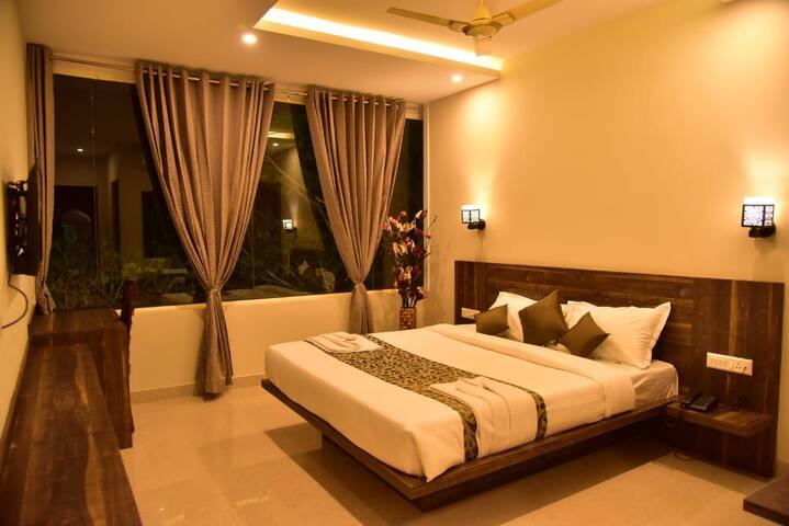 Experience a luxury stay with true happiness