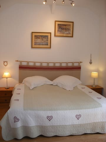 Maison romantique au centre de Saumur - Saumur - Stadswoning