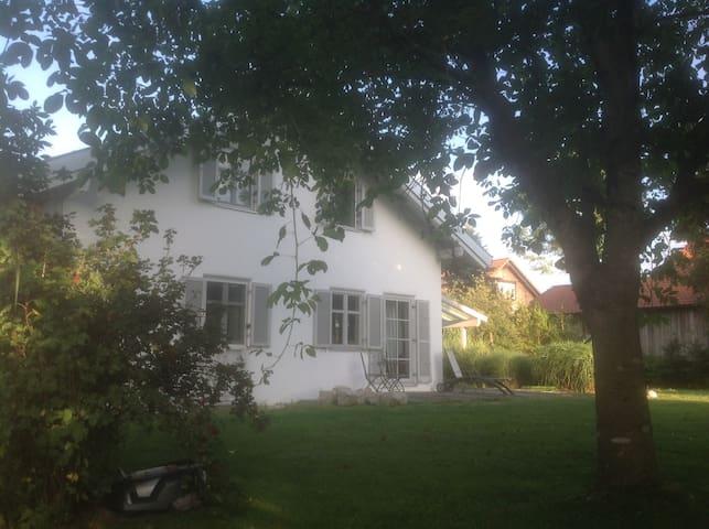"""Kleine Villa am """"Fluss"""""""