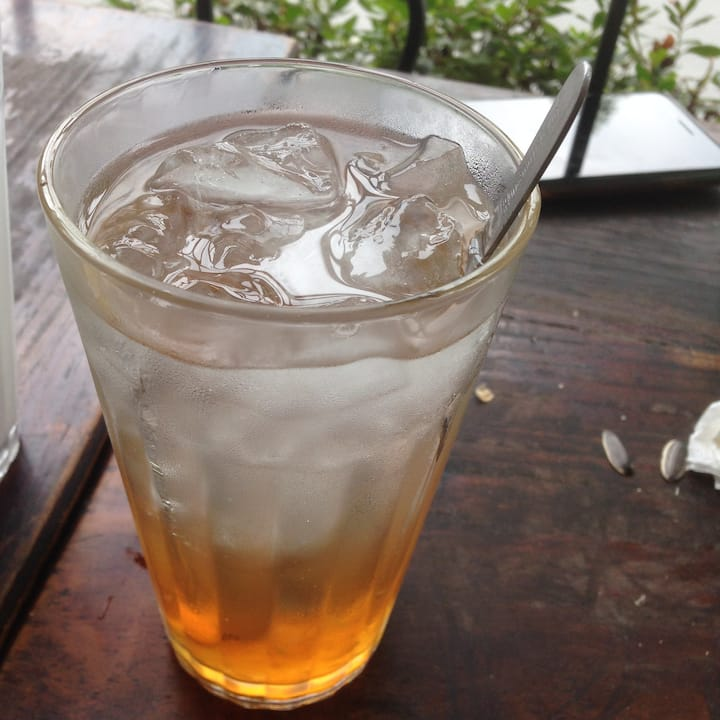 Dracontomelon juice