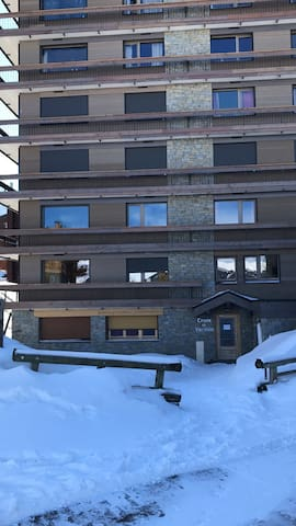 Centre courchevel 1650  Est avec balcon 22 m2 4ème