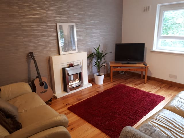 Quiet 1 Bedroom flat in the West end of Glasgow
