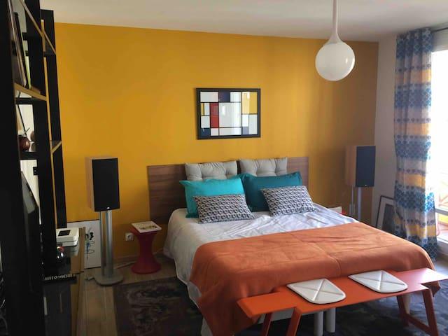 Studio tout confort, hyper centre