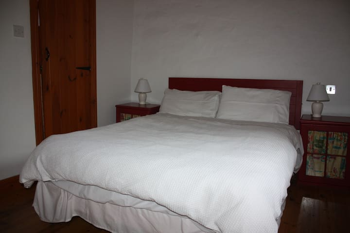Comfortable double bed