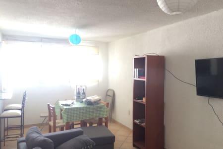 Departamento amueblado en 5to piso - Temixco - Apartemen